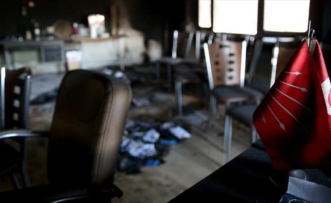 CHP ilçe başkanlığı binasının kundaklandığı iddiası