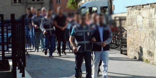 Elazığ'da ihraç edilen 30 polis FETÖ'den gözaltına alındı