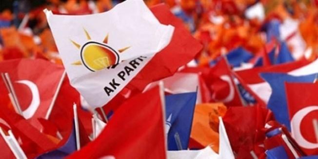 AK Parti aday listesini teslim etti