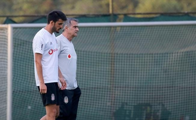 Beşiktaş'ta Fatih Aksoy Sivasspor'a kiralandı