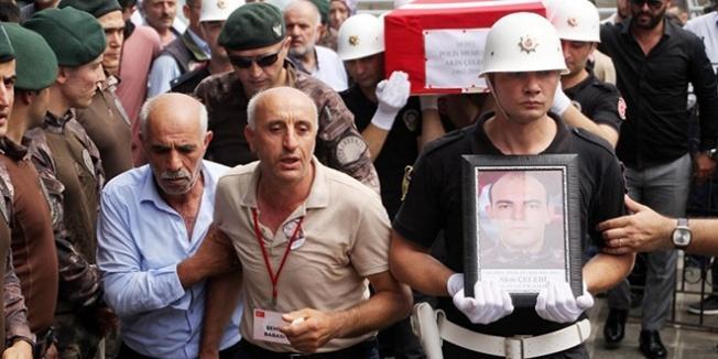 Şehit polis Trabzon'da toprağa verildi